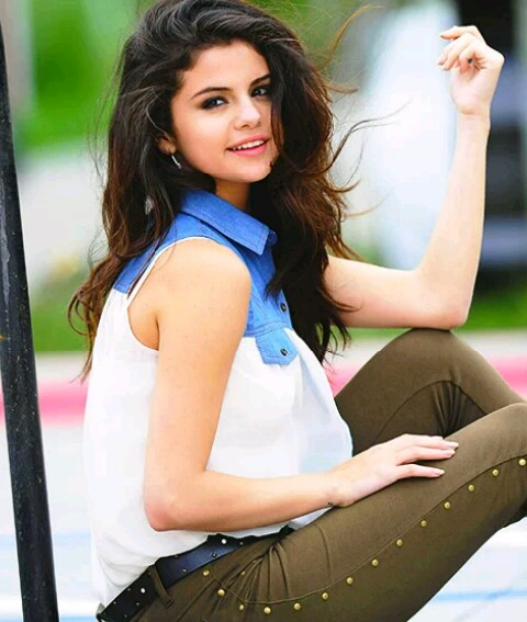 beautiful photo of Selena Gomez