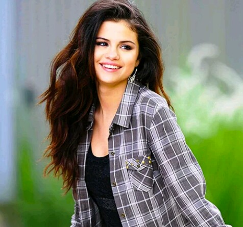 beautiful picture of Selena Gomez